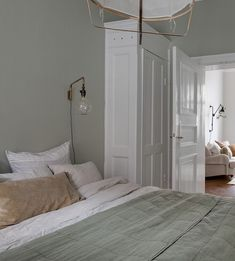 39 Best Light Green and White Bedroom images in 2020 - suna ideas Pale Green Bedrooms, Green And White Bedroom, Shelves In Bedroom, Ikea Bedroom, Home Decor Bedroom, 1920s Bedroom, Design Bedroom, Bedroom Color Schemes, Bedroom Colors