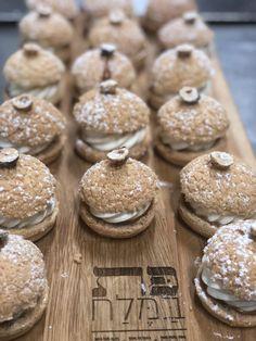 Pat BaMelach Artisan Bakery in Gush Etzion - Pat Bamelach Artisan Bread, How To Make Bread, Doughnut, Breads, Bakery, Tasty, Business, Healthy, Desserts