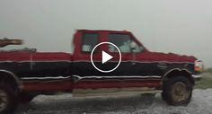 Intensa Chuva De Granizo Destrói Carro