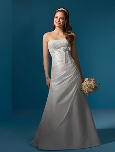 Taffeta Re embroidered lace wedding dress style 2056