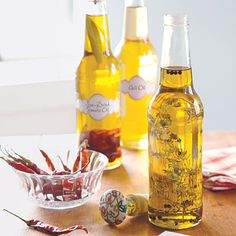 DIY edible gift ideas: Flavored Oils (Sun-Dried Tomato Oil, Herb Oil and Chili Oil recipes)