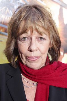 "Please welcome Frances De La Tour to the Outlander family as she has been cast as ""Mother Hildegard"" in Season 2."