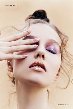 Love this glitter makeup look by Debra Macki for Institute Magazine.  From far away the eye colours look like candy but close up its much more intense and dramatic!
