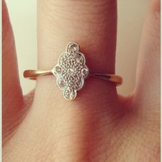this design with great grams diamonds for a right hand ring?