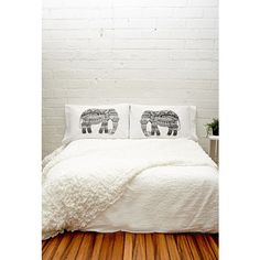 Forever 21 Rise and Fall Elephant Pillowcase Set ($30) ❤ liked on Polyvore featuring home, bed & bath, bedding, bed sheets, forever 21 и cotton bedding