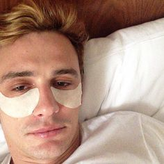 James Franco proves he is comfortable with revealing his alfa male beauty regime with some under the eye patches.