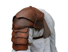 Shoulder armor + bracer by bellatoreslucis on DeviantArt Studded Leather Armor, Leather Art, Leather Tooling, Larp, Schulterpanzer Tattoo, Norse Tattoo, 3d Tattoos, Samoan Tattoo, Polynesian Tattoos