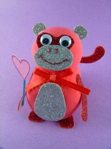 Want to give your love one something homemade for holidays? Make them a love monkey! He is super cute and they will appreciate the time and effort you put into making their gift.