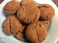 This melt-in-your-mouth ginger cookie recipe that I received from my grandmother has been enjoyed in my family since Cookie Desserts, Cookie Bars, Cookie Recipes, Dessert Recipes, Dessert Ideas, Ginger Snap Cookies, Pudding, Christmas Baking, Christmas Cookies