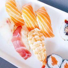 Картинка с тегом «food, sushi, and foodporn»