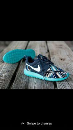 huge selection of 3a971 42a3d shooooeeeesssss Tribal Patterns, Nike Roshe Run, Nike Running, Sport Wear,  Hollister,