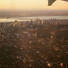 So glad to see my friend whos in town from Vancouver! Look at this beautiful shot of Montreal at sunrise he took this morning!  . . . . . . #montreal #sunrise #flight #cityscape #awesome #realestate #courtierimmobillier #realtor #montrealrocks #wow