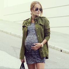 Introducing The Mother Of All Instagram Trends #refinery29  http://www.refinery29.com/style-the-bump#slide27  We love the mix of loose topper and gathered, baby body-con dress.