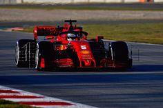 Ferrari Scuderia F1 Scudetto Shield Mug Black//Red