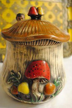 70's Arnel's Pottery Mushroom Cookie Jar