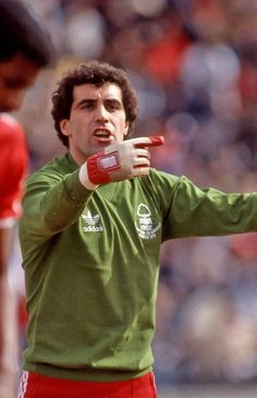 Retro Football, Vintage Football, Football Jerseys, Football Players, Nottingham Forest Fc, Bristol Rovers, Soccer Goalie, You'll Never Walk Alone, National Football Teams