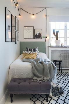 Modern bedroom with bedding, green headboard and golden cushion and lamps Home Bedroom, Modern Bedroom, Bedroom Decor, Green Headboard, Interior Design Boards, Inviting Home, Teenage Room, My New Room, Girl Room