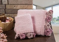 Ürün Resmi Büyük Crochet Potholder Patterns, Crochet Doilies, Bathroom Accessories Luxury, Edging Ideas, Embroidered Towels, Crochet Home, Filet Crochet, Crochet Fashion, Pot Holders