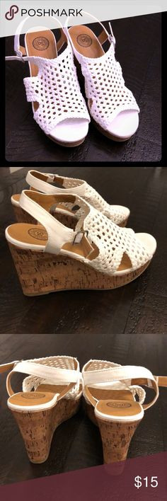 White cork wedges Most comfortable wedge! Great summer shoe! Never worn,only tried on inside. Authentic American Heritage Shoes Wedges