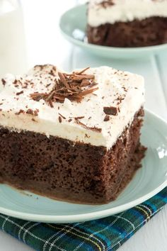 Easy chocolate tres leches cake recipe with condensed milk. Your friends will LOVE this dessert...it's the best! #mexicanfoodrecipes #dessertrecipes #pokecake Easy Cake Recipes, Sweet Recipes, Dessert Recipes, Desserts, Chocolate Tres Leches Cake, Chocolate Cake, Condensed Milk Recipes, Mexican Food Recipes, Easy Meals