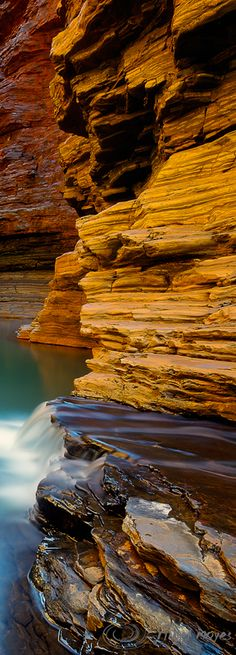Hancock Gorge, Karajini, Western Australia - by photographer Nigel Moyes. Places To See, Places Ive Been, Earth Color, Western Australia, Solo Travel, Amazing Nature, Perth, Holy Spirit, Landscapes