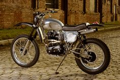 'RVA Overland' Triumph by Atom Bomb | based on Triumph T140 | photo by Anthony Hall