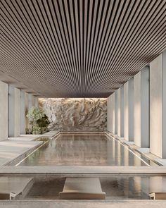 Indoor Swimming Pools, Swimming Pool Designs, Spa Interior, Interior And Exterior, Dream Home Design, House Design, Piscina Spa, Home Building Design, Spa Design