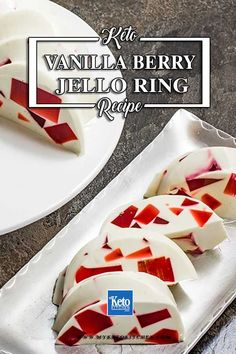 Keto Vanilla Berry Jello Dessert. This delicious sugar free dessert recipe is very easy to make with no cooking required. It's a healthy, gluten-free sweet that will impress the guests at your next dinner party. #ketorecipes #sugarfree Keto Jello Recipe, Jello Dessert Recipes, Gelatin Recipes, Jello Gelatin, Sugar Free Jello, Sugar Free Desserts, Low Carb Sweets, Low Carb Desserts, Vanilla Jello