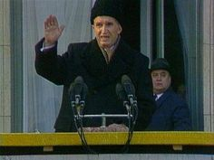 Nicolae Ceaușescu, communist dictator of Romania, tries to quiet a furious crowd during his last public speech. Kangaroo Court, Romanian Revolution, Film 2014, Warsaw Pact, Military Coup, Historical Pictures, Soviet Union, Cold War, Revolutionaries