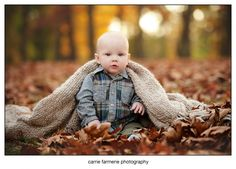 Carrie Farmerie Pittsburgh Family and Children Photographer, 6 month boy, outdoor, fall session
