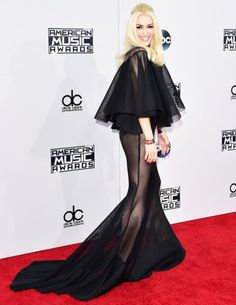 Gwen Stefani in Yousef Al-Jasmi at the 2015 American Music Awards.Styled by #RandM.