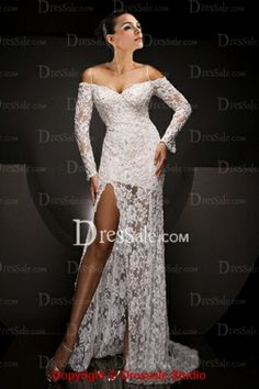 Seductive Laced Prom Dress with Off-The-Shoulder Design