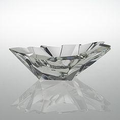 """Tapio Wirkkala - Glass bowl """"Jääpala"""" (""""A piece of ice""""). Sign. Tapio Wirkkala, Iittala -54."""
