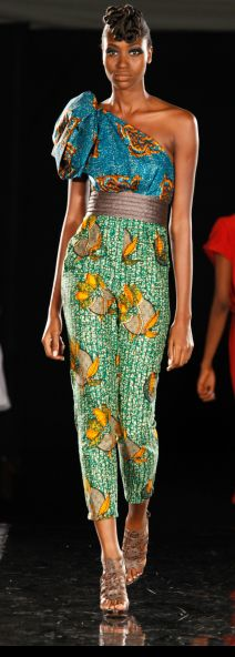 Luv the colors Africa Fashion, African Inspired Fashion, African Print Fashion, Fashion Prints, African Prints, Fashion Styles, African Dresses For Women, African Wear, African Attire