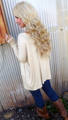 Another color and it would be perfect! Love the length of the sleeves!