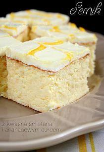 Potica Bread Recipe, Sour Cream Cheesecake, Cake Recipes, Dessert Recipes, Homemade Pastries, Pastry Shop, Yummy Cakes, Vanilla Cake, Cake Decorating