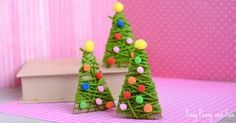 This yarn wrapped Christmas tree ornaments area great project both as a Christmas craft or as an ornament for your tree. It's fun to make and if you are crafting with preschoolers this will also make for a great fine motor skill exercise. We love the festive season, it's the best season to do crafts …