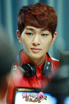 Onew! I *love* his eyeliner and use that look often ^.~