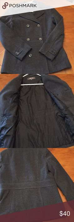 """Woman's Pea Coat KennethCole Reaction heather gray pea coat. Size 12. Shell is 80% wool 20% nylon. Lining is 100% polyester.  Length (center back) 29"""". In good condition Reaction Kenneth Cole Jackets & Coats Pea Coats"""