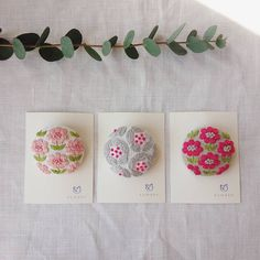 This Pin was discovered by mic Cute Embroidery, Japanese Embroidery, Cross Stitch Embroidery, Embroidery Designs, Textile Jewelry, Fabric Jewelry, Cross Stitch Rose, Quilt Stitching, How To Make Beads