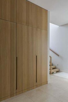 Ein modernes Haus am See, das in der Ukraine frisch und funktional ist hallway closet organization Wardrobe Door Designs, Wardrobe Design Bedroom, Wardrobe Doors, Built In Wardrobe, Closet Bedroom, Hall Wardrobe, Bedroom Storage, Entryway Closet, Wardrobe Ideas