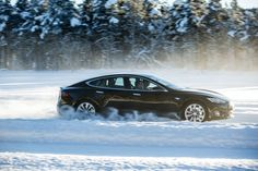 Eco-Luxury: Does electric or hydrogen hold the future for luxury cars? INFOGRAPHIC