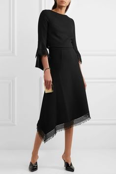 Roland Mouret - Tarring Macramé Lace-trimmed Asymmetric Wool-crepe Skirt - Black - UK10