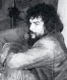 Comandante Ernesto Che Guevara - the Argentine-Cuban guerrilla fighter, revolutionary leader,. Cuba History, History Photos, Ernesto Che Guevara, Fidel Castro, Images And Words, American Literature, Interesting History, Historical Pictures, Guerrilla