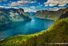 Der Aurlandsfjord - ein weiterer Seitenarm des Sognefjord mit einer tollen Aussichtsplattform
