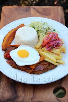 Ecuadorian churrasco steak and egg recipe - Laylita's Recipes