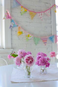 roses & garland