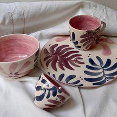 Hand Built Pottery, Slab Pottery, Pottery Vase, Ceramic Pottery, Ceramic Pots, Ceramic Clay, Ceramic Painting, Pottery Painting Designs, Pottery Designs