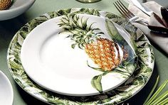 The Southern Hospitality Pineapple / Place Setting Pineapple Plates, Pineapple Palm, Pineapple Kitchen, Kitchen Dining, Kitchen Decor, British Colonial Decor, Tropical Decor, Tropical Design, Home Furniture