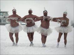 Фото: Танец маленьких бегемотиков )))